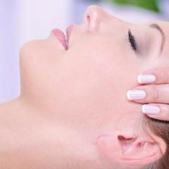 Sliderbild Erlernen von Massagetechniken